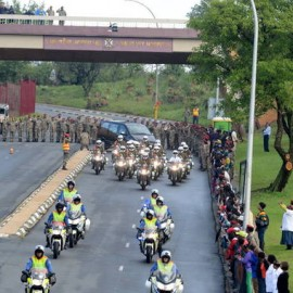 Former president Nelson Mandela's body travelled from Union Buildings where thousands had the opportunity to may goodbye. (Photo-Gallo)