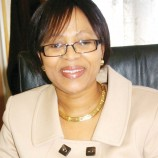 Bank governor rolls up her sleeves