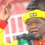 Thabane vows not to return until Kamoli is fired