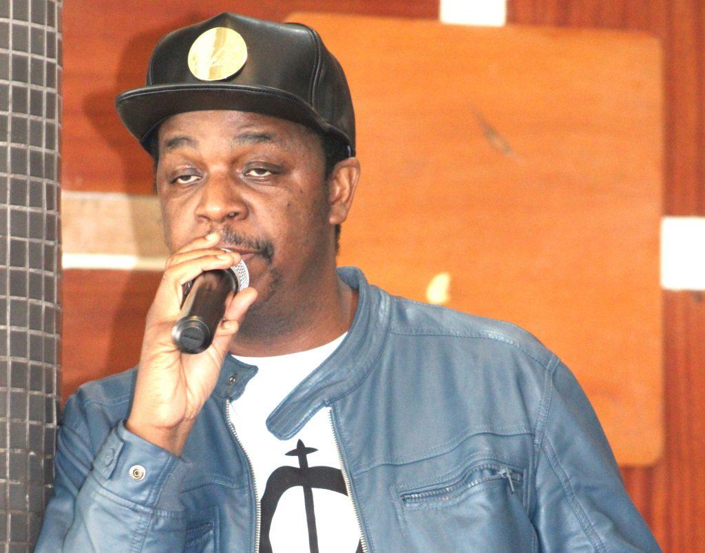 Kalawa Jazmee Boss Oskido adressing Vodacom Superstar finalists at Times Cafe on Tuesday