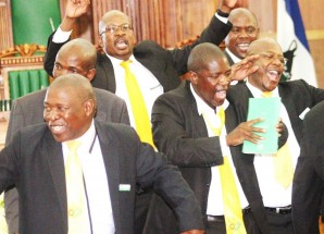 Opposition leaders slam parly speaker