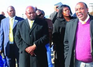 Opposition warns of 'bloodbath'