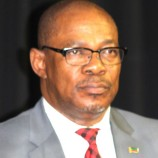 Ultimatum for Labour minister
