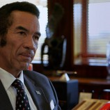 Khama threatens to withdraw support