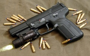 pistols-guns_00240041