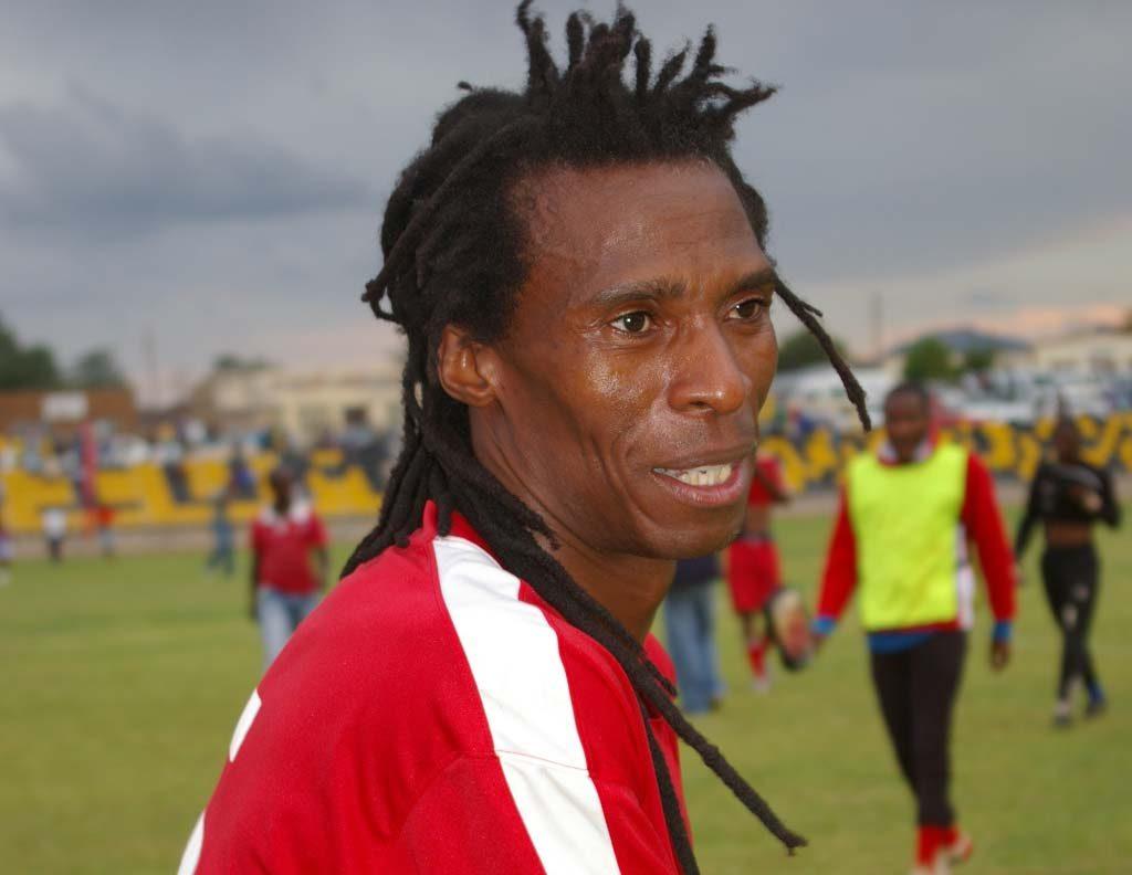 Suspended Linare coach Lebajoa Mphongoa